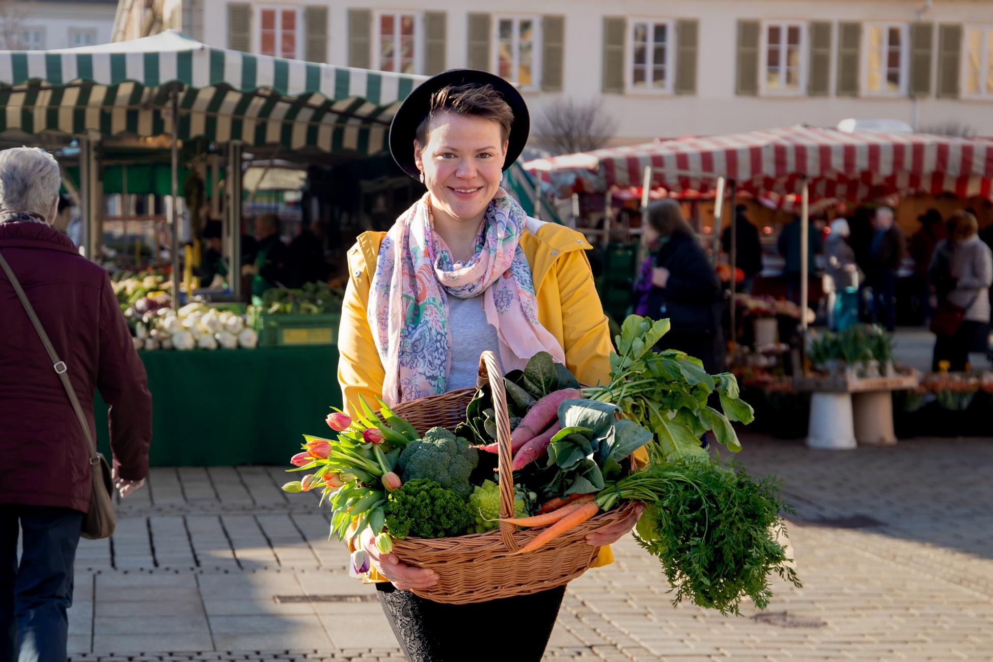 Manuela auf dem Markt